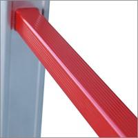 sigurnosni stepenik za profesionalne aluminijumske merdevine