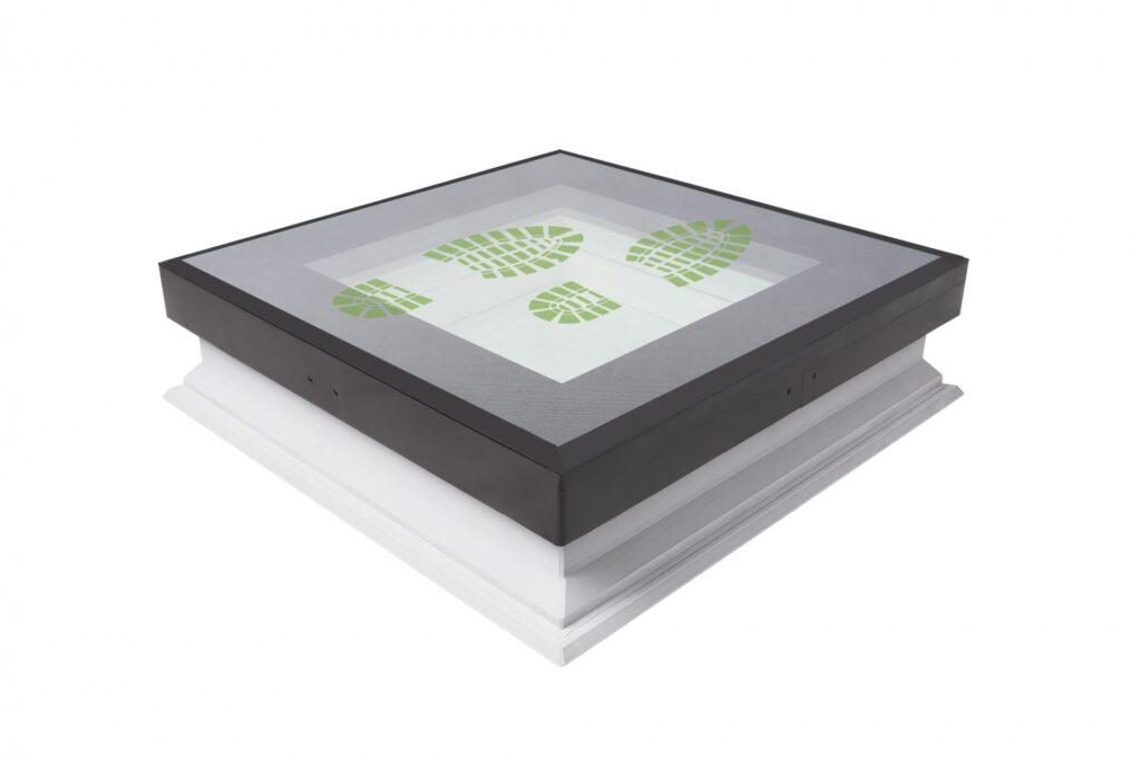 Fakro krovni prozor za ravan krov