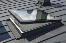 Prozori za ravan krov Fakro